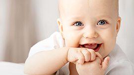 Bebeğim hala diş çıkarmadı. Bu bir problem midir?